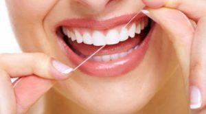 1470206730 zubnoy niti2 300x166 - Зубная нить