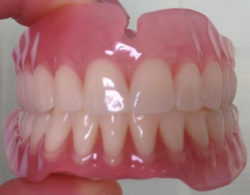protezirovanie-zubov-02